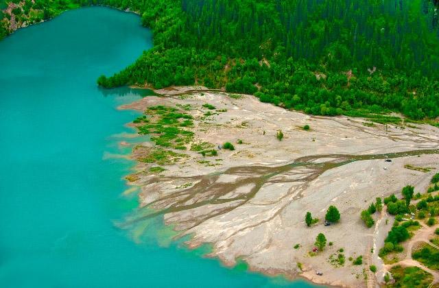 Озеро Иссык. Алматы. Казахстан